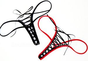 Эротические женские трусики стринг.